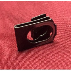 Windshield wiper linkage pivot arm retaining clip. used