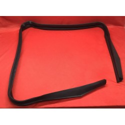 1980-1996 FORD BRONCO REAR SHELL UPPER GLASS RUN CHANNEL WEATHERSTRIP SEAL